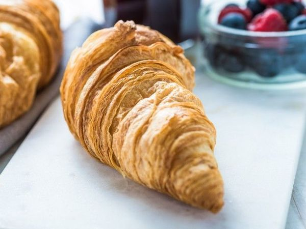 Default 44e873d603aa47a6b52948981b4ca2f1  work surface croissant recipe